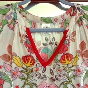 LN Gorgeous bila 🌹 beaded sequins sheer blouse